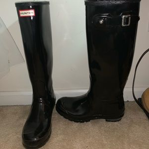 Hunter Rainboots in Black High Gloss